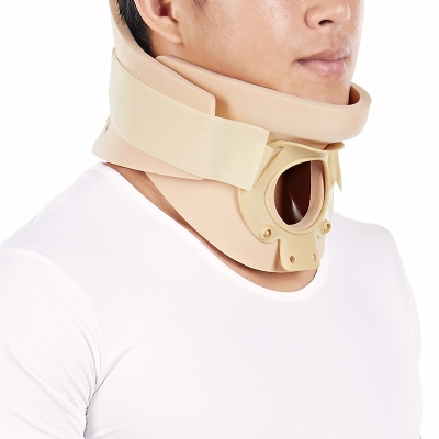 Cervical Collar with Open Trachea